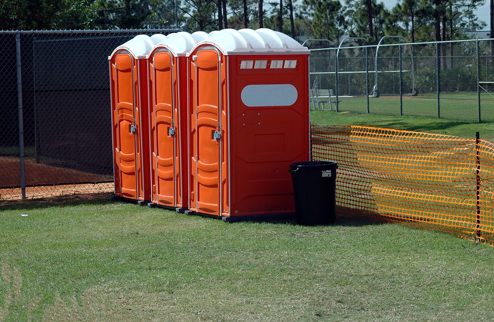 Rent event restrooms sporting events soccer football - Portable bathroom rentals for weddings ...